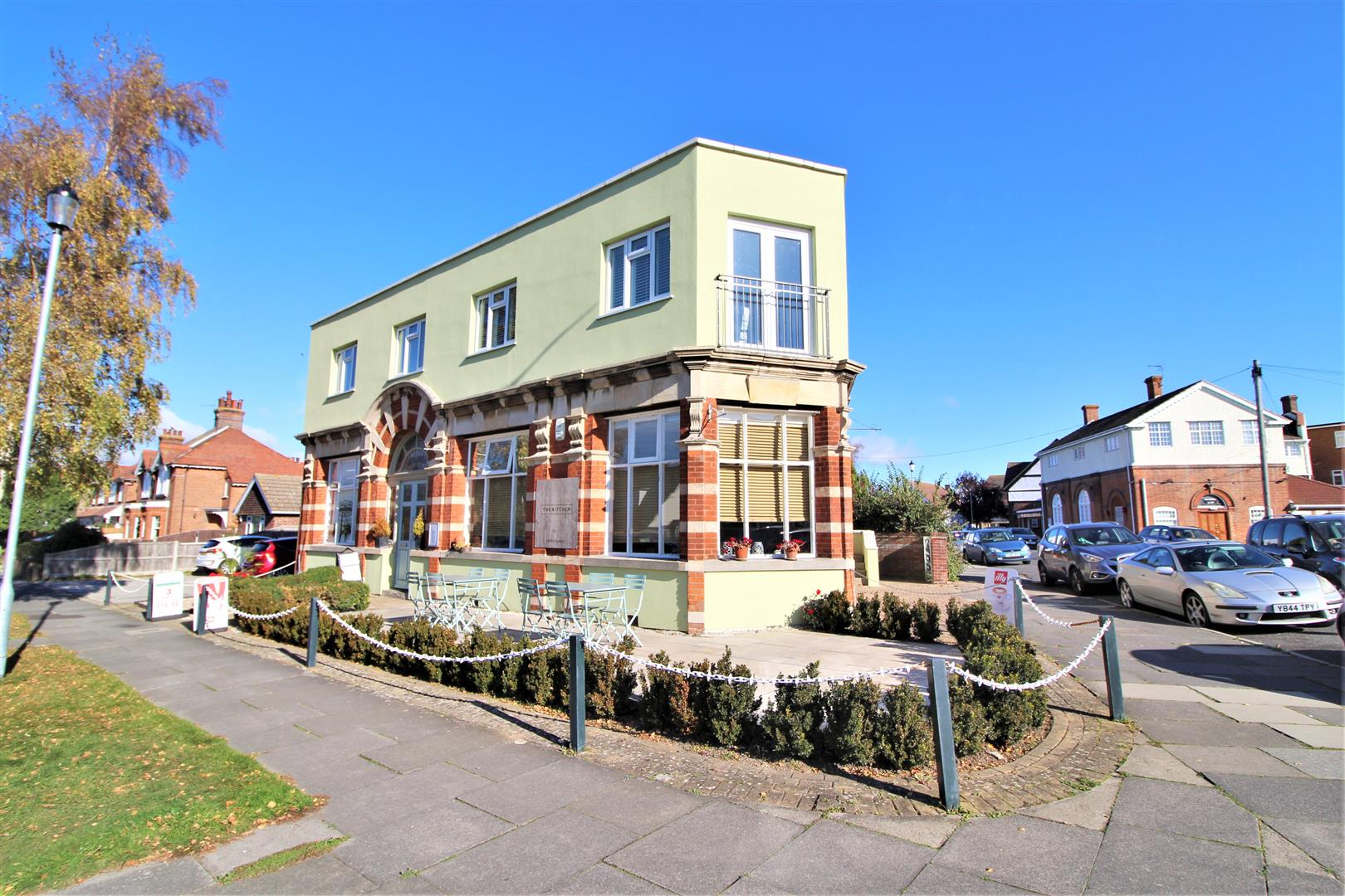 Fourth Avenue, Frinton-On-Sea, Essex, CO13 9EB